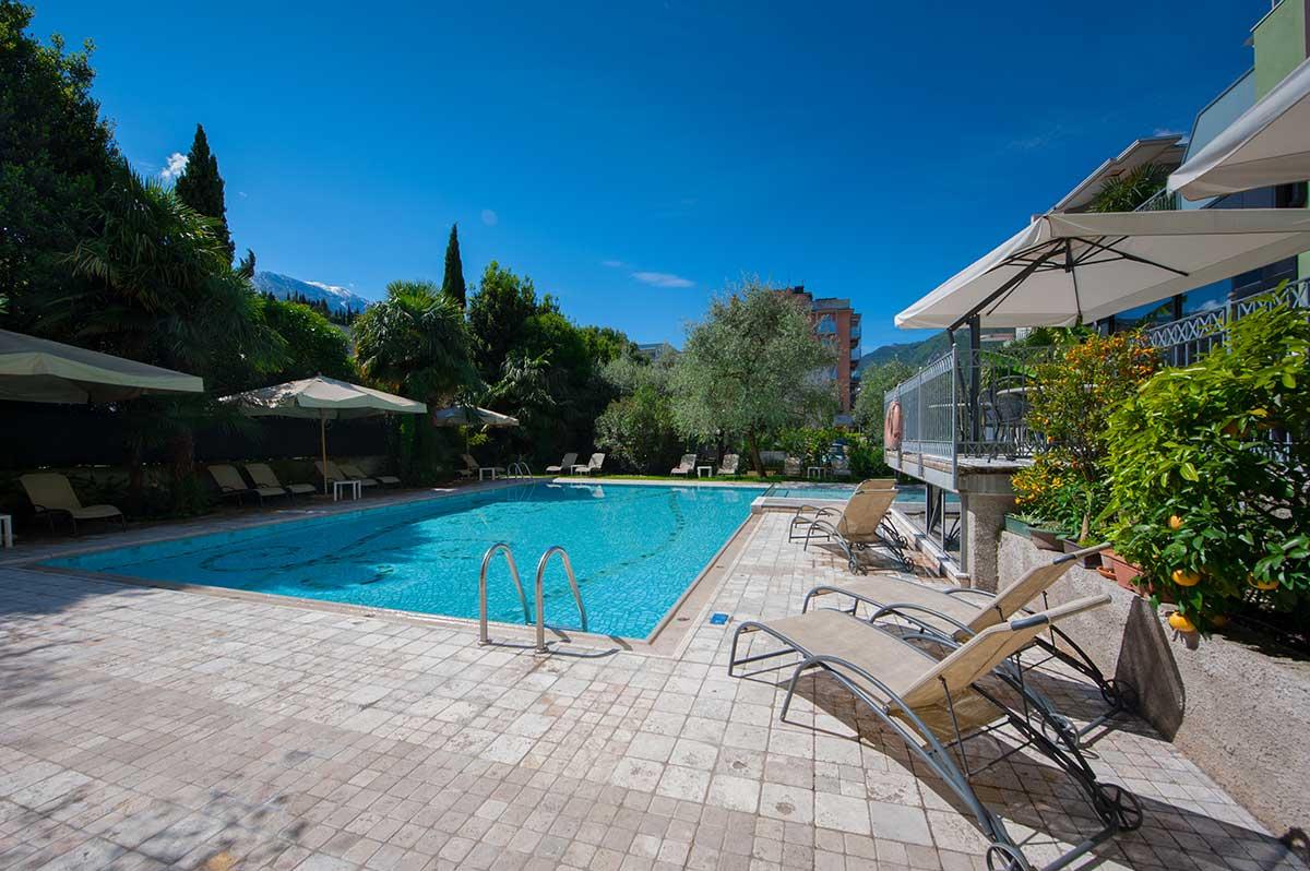 Hotel con piscina lago di garda - Hotel torino con piscina ...